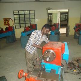 Salle de classe et outils de l'école technique