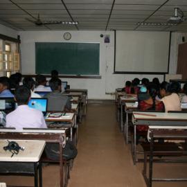 Les étudiant en classe - Université Don Bosco, Yelagiri Hills