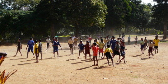 Jeu de cricket, sport favori des Indiens