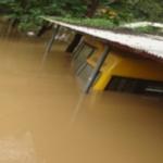 Bus englouti inondations kerala