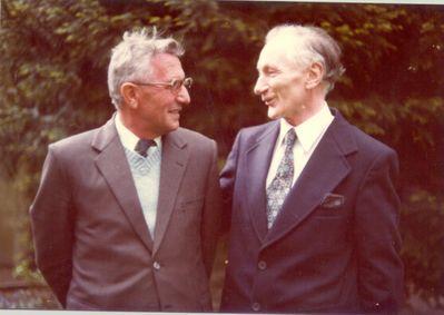 Le Père Guézou avec son ami Léon Duhayon