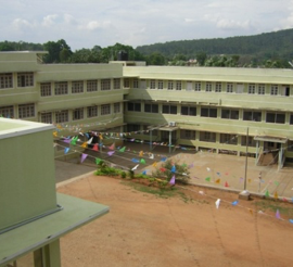 Le centre Don Bosco vu du grand hall